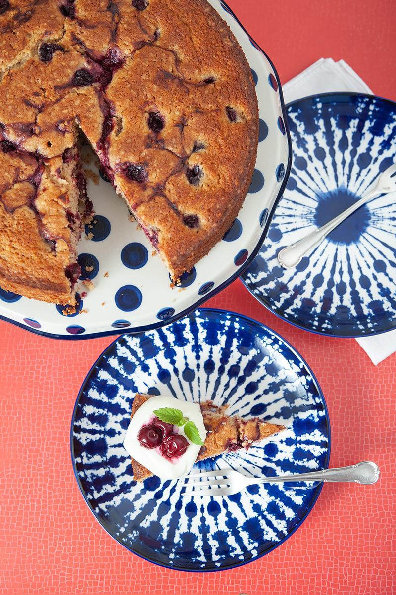Einfacher Rührkuchen mit Dinkelmehl von backdeinbrot
