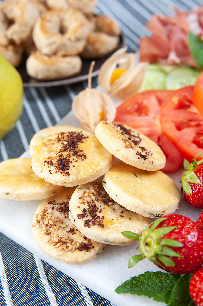 Leckere Kekse mit Sumach, Sesam und Ysop - orientalische Dinkel-Plätzchen