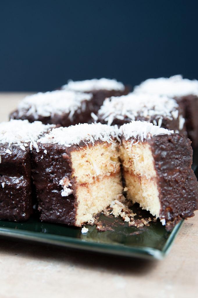 Süße Kuchenstückchen aus dem sonnigen Australien: Lamingtons